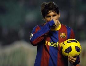 Messi gözleri yaşarttı