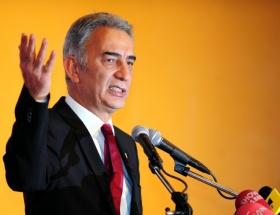 Adnan Polat istifa etmedi, istifalar istedi