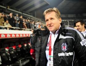 Schuster Atleticoya göz kırptı