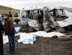 Ankarada katliam gibi kaza
