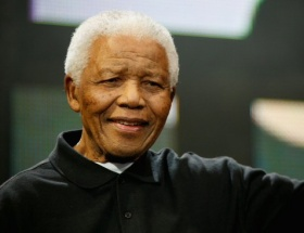 Yanukoviç, Mandelanın 95. yaş gününü kutladı