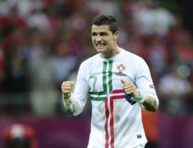 Ronaldo kimi tutuyor?