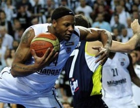 Hawkins Fenerbahçe Ülkerde
