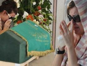 İpek Tuzcuoğlunun gözyaşları