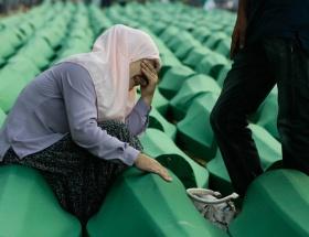 Srebrenitsada gözyaşı dinmiyor