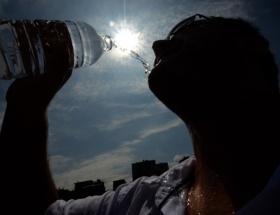 Japonyayı sıcaklar vurdu: 12 ölü