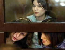 Putini korkutan kızlar