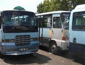 Minibüslerin yolcu kavgası kanlı bitti