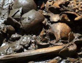 1789 Aztekle gömülmüş