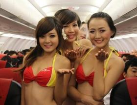 Uçağı poyuma çevirdiler