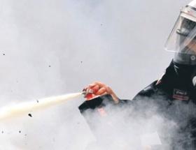 Reyhanlı protestosuna biber gazı