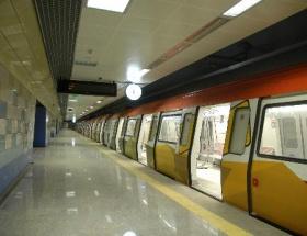 Türk metro sapığı yakalandı