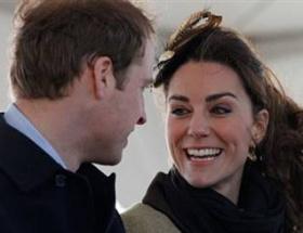 Katein saçları Williamın dudakları