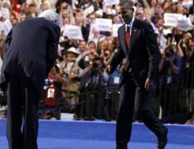 Obamanın önünde eğildi