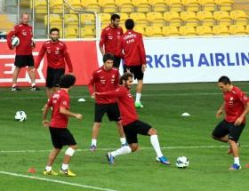 Türkiye Estonya milli maçı hangi kanalda, saat kaçta ?