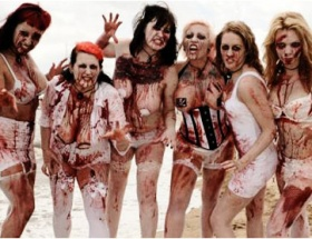 Çıplak zombi dehşeti!