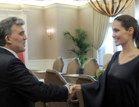 Angelinadan Türkiyeye teşekkür