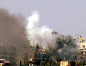 Esadın uçakları Halepi vuruyor
