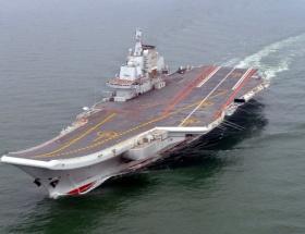 Varyag artık uçak gemisi
