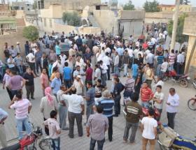 Akçakalede mülteci kampını bastılar