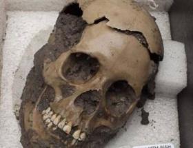 500 yıllık 50 kafatası bulundu