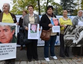 Srebrenitsa Anneleri AİHMde hak arıyor