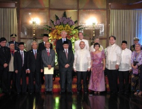 Filipinlerde tarihi an!