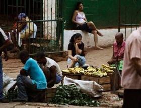 Kübalılar artık özgür