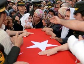 Şehit Polis, gözyaşlarıyla uğurlandı
