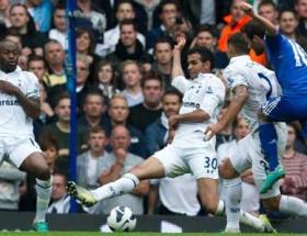 Chelsea, Tottenhamı Matayla devirdi