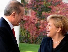Merkel, Erdoğan ile görüşecek