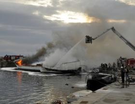 İzmirde 19 tekne yandı