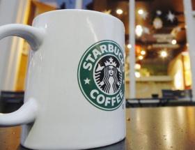 Starbucks,çaya gözünü dikti