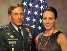 CIA Başkanının sevgilisinin evine FBI baskını