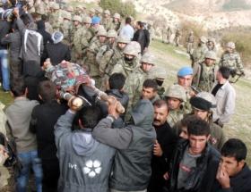 5 PKKlının cenazesini asker taşıdı