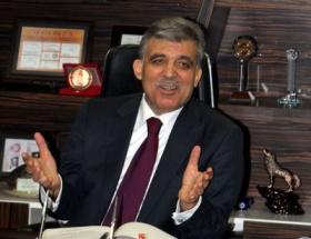 Abdullah Gül öğrencileri kabul etti