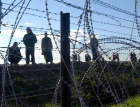 Askerden kaçakçılara gazlı müdahale