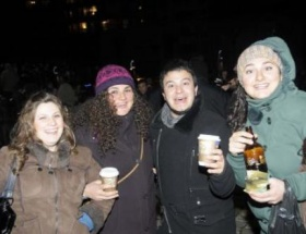 AK Partiye içtiler!