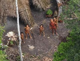 Amazon kadınları köyüne döndü