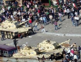 Mısırda resmen iç savaş çıktı !