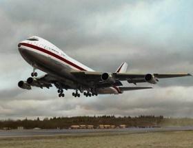 Boeing uçağını çöle gömüyor