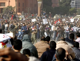 Mısırda cumaya müteakip isyan var