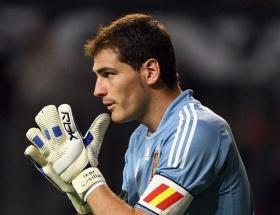 Casillas tarihe geçti