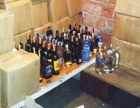 Sahte içki operasyonu: 3 gözaltı