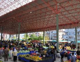 Yenimahallede pazar yerlerinin üzeri kapatılıyor