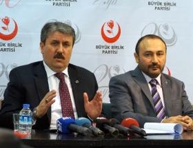 Ak Parti ve MHPye anayasa çağrısı