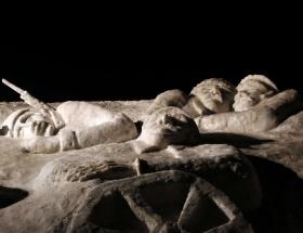Kardan şehit heykelleri törenle açıldı