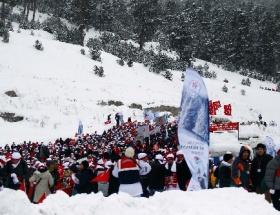 Türkiye şehitlerine yürüdü