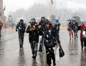 İstanbulda okullara kar tatili