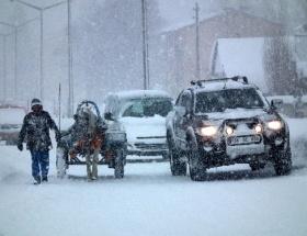 Sarıkamışta kar ve tipi